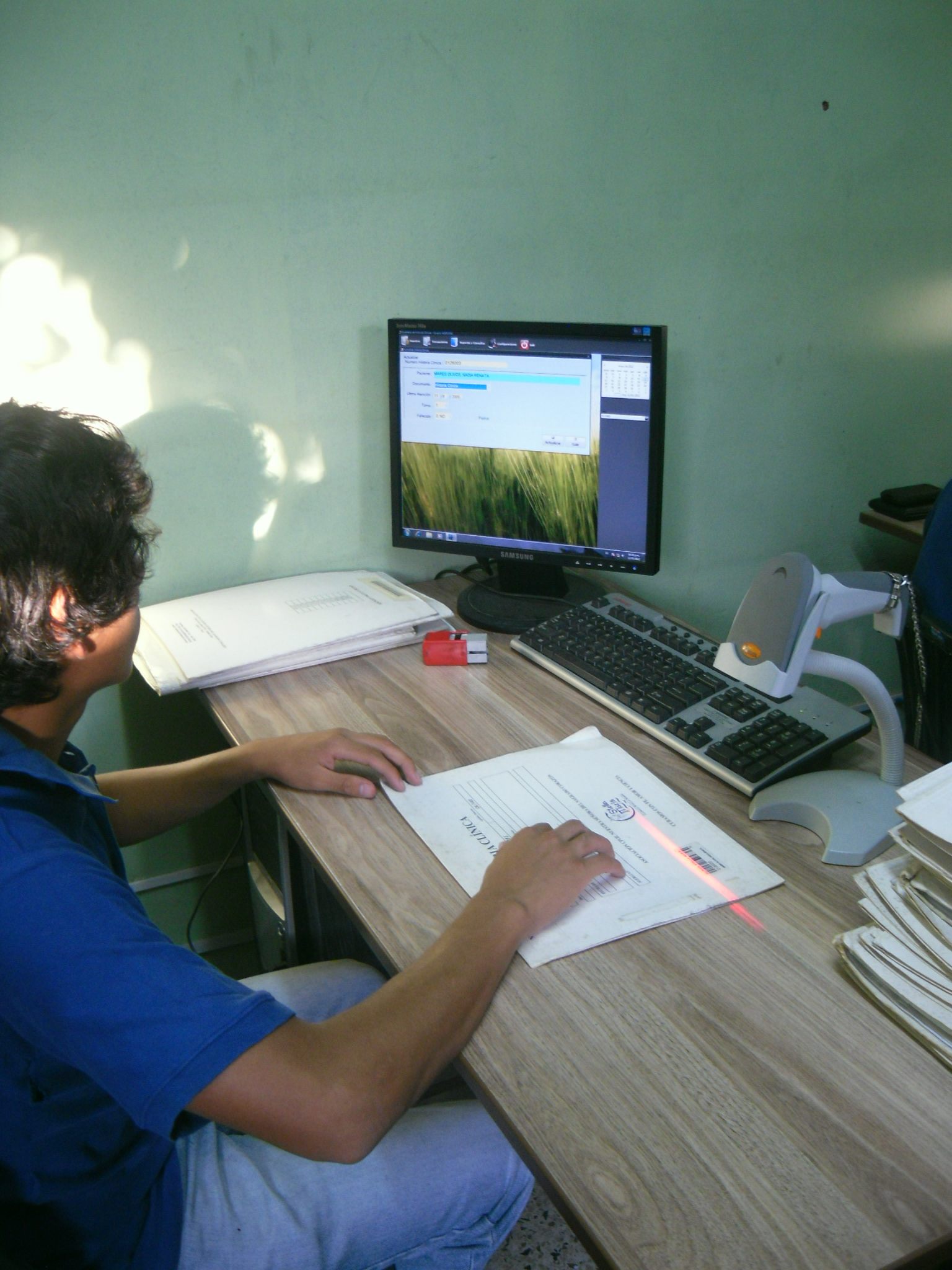 Control de Documentos con Código de Barras